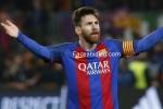 Ký hợp đồng mới với Barca, Messi nhận lót tay 90 triệu euro