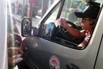 Tài xế đòi thối 100 đồng tại trạm BOT Biên Hòa