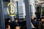 """Vì sao Bitcoin chưa dừng """"cơn điên""""?"""
