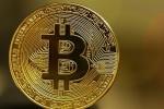 Hợp đồng tương lai Bitcoin tăng gần 20% trong ngày giao dịch đầu tiên