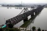 """Trung Quốc tạm đóng cửa """"cầu hữu nghị"""" với Triều Tiên"""