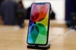 """Apple bị chê vì cố """"đánh bóng"""" iPhone X"""