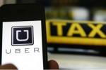 """""""Trận chiến"""" sân bay của taxi truyền thống và Uber, Grab"""