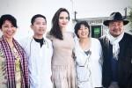 Angelina Jolie phủ nhận hẹn hò nhà sản xuất phim người Campuchia
