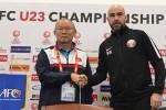 """HLV Park Hang-seo """"nắn gân"""" U23 Qatar trước trận bán kết"""