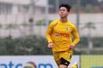 """Cầu thủ U23 Việt Nam xin được """"xuống mặt đất"""""""