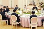 """Đệ nhất phu nhân Triều Tiên """"hóa giải"""" căng thẳng trong bữa tiệc đón đoàn Hàn Quốc"""