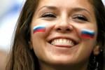 Người Nga học… cười để tiếp đón du khách mùa World Cup
