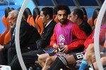Vì sao Mohamed Salah phải dự bị tới hết trận?