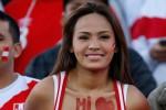'Em gái quốc dân' Peru làm loạn khán đài nước Nga