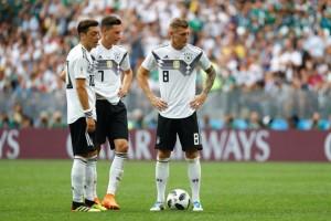 """HLV Joachim Loew: """"Mexico thắng vì vô hiệu hóa được Kroos"""""""