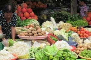 Giá thực phẩm ở Sài Gòn đồng loạt tăng