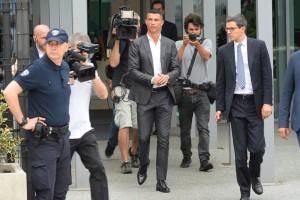 """Cựu chủ tịch Calderon: """"Real Madrid đã sai lầm khi bán Ronaldo"""""""