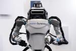 """Nhiều hãng công nghệ lớn ồ ạt rót vốn phát triển robot """"quản gia"""""""