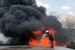 Người dân náo loạn vì khu công nghiệp ở TP.HCM bốc cháy