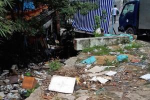 Tăng cường xử phạt để hạn chế xả rác bừa bãi