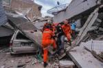 Indonesia kêu gọi quốc tế cứu trợ sau động đất, sóng thần