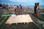 Sóng thần ập vào thành phố Indonesia cao tới 6m