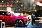 Cộng đồng mạng phấn khích trước giờ ôtô VinFast ra mắt tại Paris Motor Show 2018
