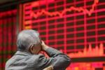 """Cuộc """"tắm máu"""" khiến chứng khoán Trung Quốc tụt xuống mức thấp nhất 4 năm qua"""