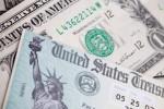 """Giữa """"tâm bão"""" Trade War, Trung Quốc chuẩn bị bán trái phiếu kho bạc Mỹ"""