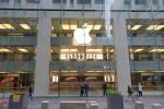 iPhone Xr vắng khách trong ngày mở bán