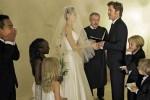 Thẩm phán xử ly hôn từng làm chủ hôn cho Jolie-Pitt