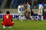 Vì sao tuyển Việt Nam thường chơi không tốt trên sân Mỹ Đình?