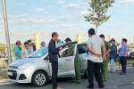 Điều tra vụ tài xế taxi báo bị khách khống chế, cứa cổ giữa đêm khuya
