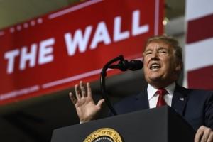 Tổng thống Trump sẽ 'kiếm' thêm 8 tỷ USD để xây bức tường biên giới
