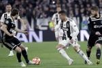Ajax loại Juventus ở tứ kết Champions League