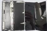 Đây là ca mổ bụng Samsung Galaxy Fold đầu tiên trên thế giới, màn hình gập rất mềm và dễ hỏng