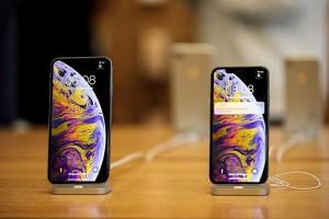Cổ phiếu Apple tăng vọt dù doanh thu iPhone giảm