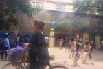 Bộ đội lao vào trường mầm non đang cháy cứu 300 học sinh