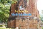 Khoan đục tháp Chăm treo bảng quảng bá du lịch: Không xin ý kiến lãnh đạo Sở