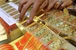 Ngày 17/5: Giá vàng trong nước rớt mạnh