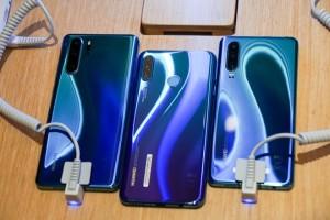 Điện thoại Huawei bị dân mạng cho hạ giá thê thảm