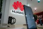 """Số phận Huawei ra sao khi ARM """"nổ phát súng""""?"""