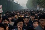 """Sản xuất ở Trung Quốc, vì sao iPhone vẫn là """"hàng Mỹ""""?"""