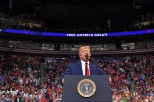 Tổng thống Trump: Áp thuế với hàng Trung Quốc, Mỹ bỏ túi 500 tỷ USD mỗi năm