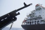 Giá dầu vọt tăng hơn 5% khi căng thẳng Mỹ – Iran leo thang