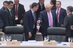 Truyền thông Tây Ban Nha giận dữ sau hành động của Tổng thống Trump với Thủ tướng Sanchez