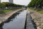Lớp bùn sông Tô Lịch giảm sau thí điểm công nghệ của Nhật Bản