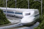 """Tranh luận về hai phương án đường sắt cao tốc """"chênh nhau 32 tỷ USD"""""""