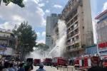 Cứu 28 người trong đám cháy ở trung tâm Sài Gòn