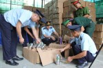 """Bắt giữ kho chứa 280 kiện hàng nghi giả mạo """"Made in Thailand"""""""