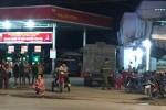 Đâm nhân viên cây xăng vì không cho nợ tiền đổ xăng