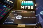 Nhà đầu tư chứng khoán Mỹ cầm chừng trước quyết định quan trọng của Fed