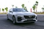 VinFast Lux A2.0 giá từ 990 triệu - 'tân binh' sedan cỡ D tại Việt Nam