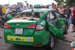 Ôtô tải tông taxi Mai Linh, một người tử vong